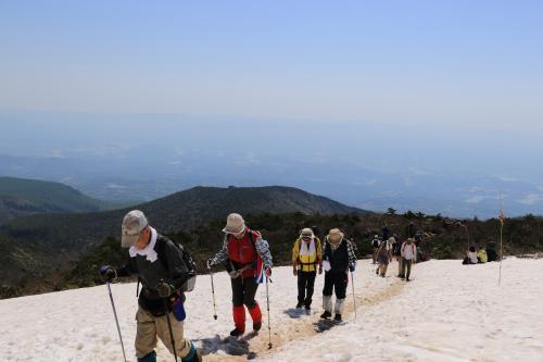 安達太良山山開き 5月21日02