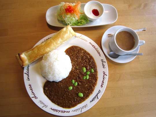 レストラン ティーポット 野菜とひき肉のカレー