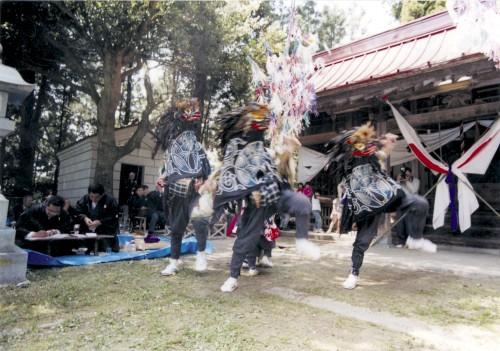 小浜長折の三匹獅子舞