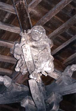 観音寺の力士像