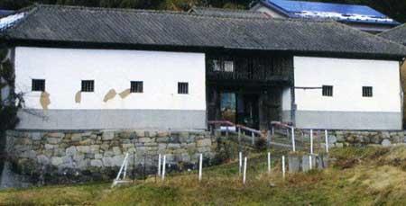 竹中の長屋門