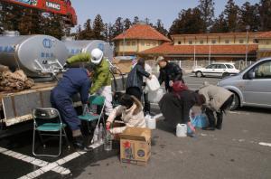 駒ヶ根市の給水支援活動の様子