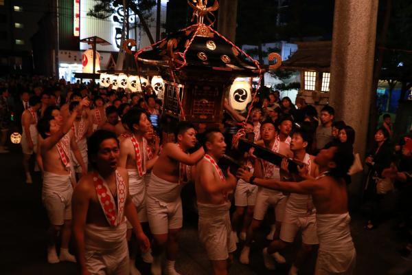 提灯祭り(本祭り)神輿渡御その3