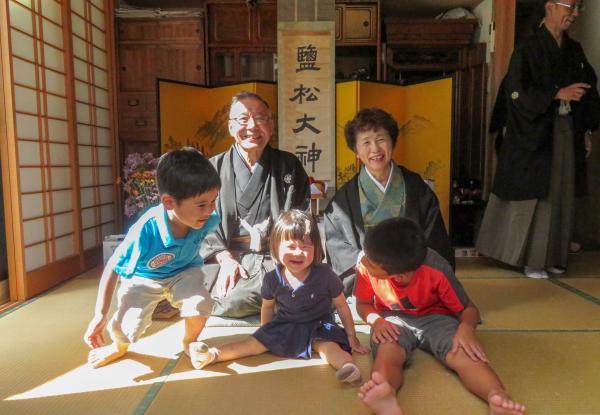 受付No.2小浜の紋付祭り(移川百合恵)