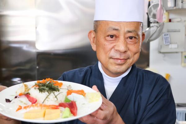 すし伝(齋藤正幸・ちらし寿司)
