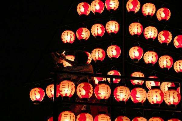 2019二本松の提灯祭り1日目(ろうそくの入れ替え2)