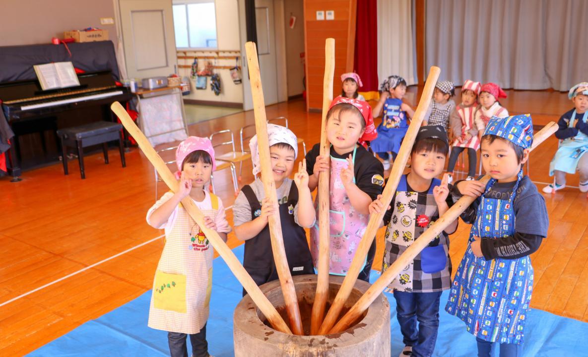 石井幼稚園餅つき