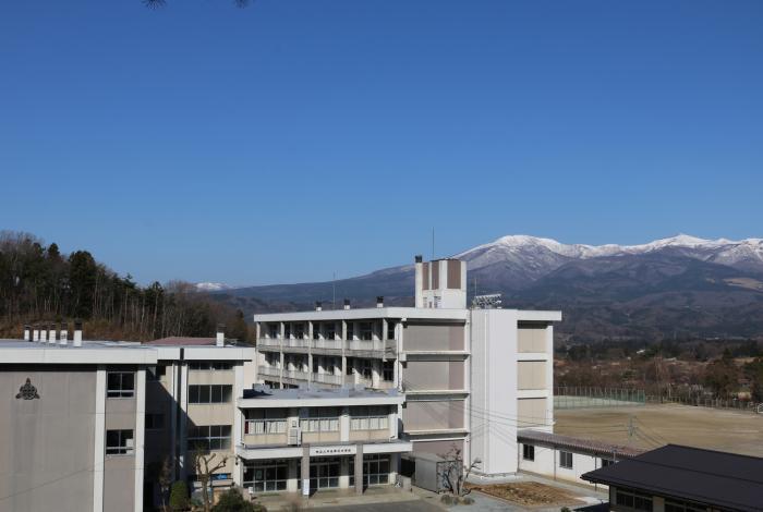 二本松三中校舎